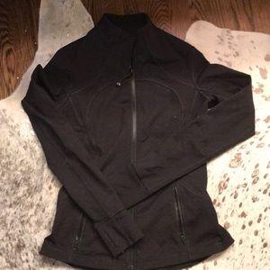 Lululemon running jacket 6 black $125